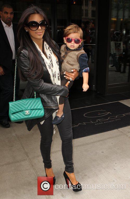 Kim Kardashian, Mason and Manhattan Hotel 14