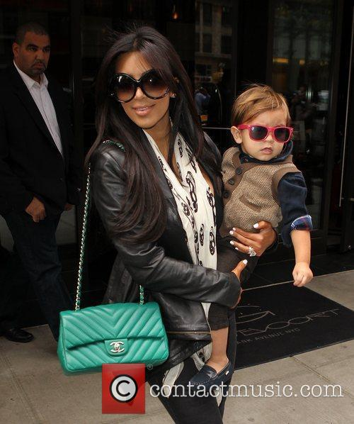 Kim Kardashian, Mason and Manhattan Hotel 6