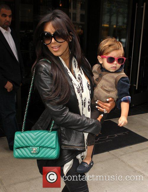 Kim Kardashian, Mason and Manhattan Hotel 10