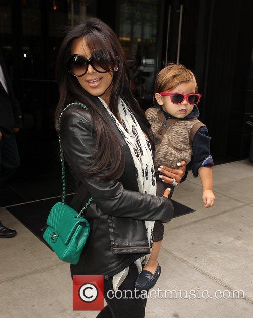 Kim Kardashian, Mason and Manhattan Hotel 13