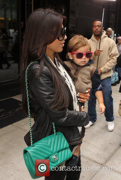 Kim Kardashian, Mason and Manhattan Hotel 11