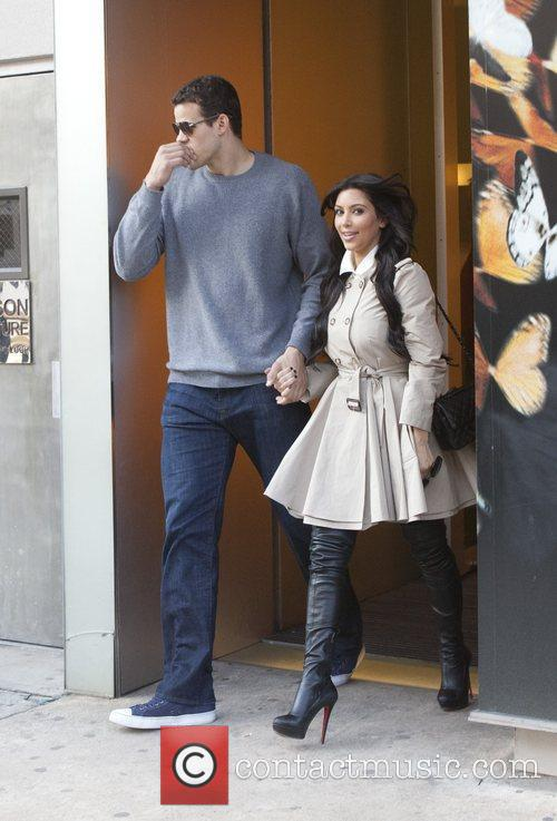Kris Humphries and Kim Kardashian Kim Kardashian leaving...
