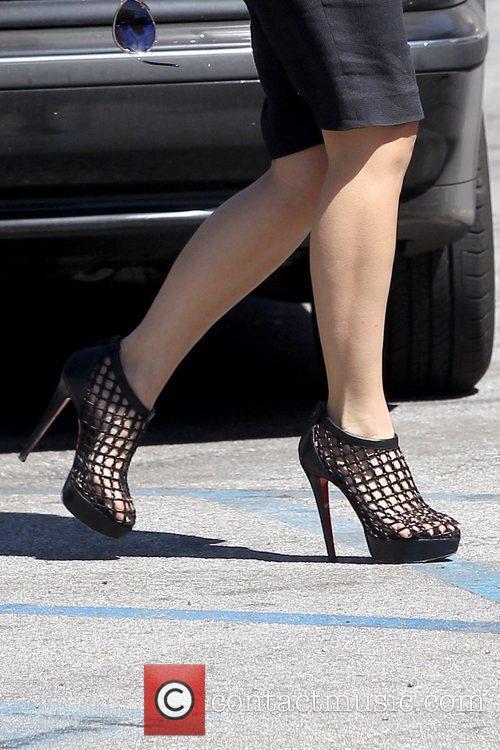 Kim Kardashian's high heels Kim Kardashian leaving Laser...