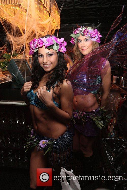 Midori Melon Girls  Kim Kardashian hosts the...