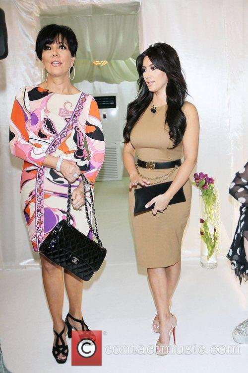 Kim Kardashian, Kris Jenner and Palms Hotel 2