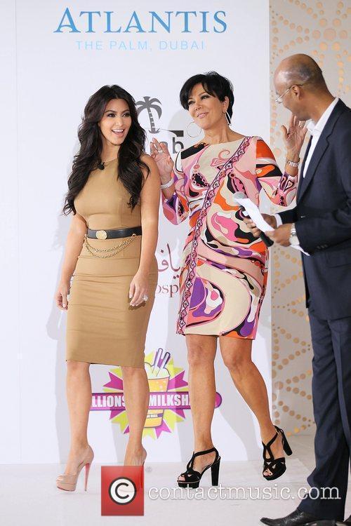 Kim Kardashian, kris jenner and Palms Hotel 9