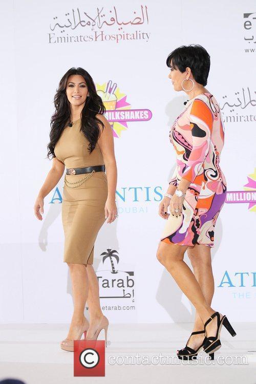 Kim Kardashian, Kris Jenner and Palms Hotel 10
