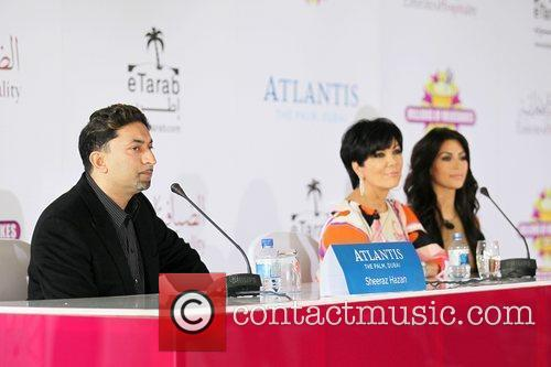 Kim Kardashian, Kris Jenner and Palms Hotel 6