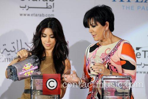 Kim Kardashian, kris jenner and Palms Hotel 7