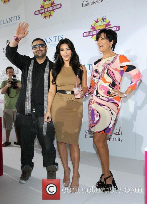 Kim Kardashian, kris jenner and Palms Hotel 18