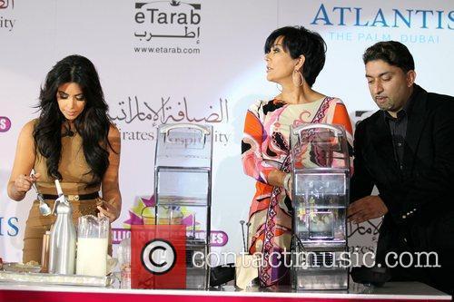 Kim Kardashian, kris jenner and Palms Hotel 1