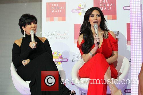 kim kardashian and kris jenner appear on 5739579