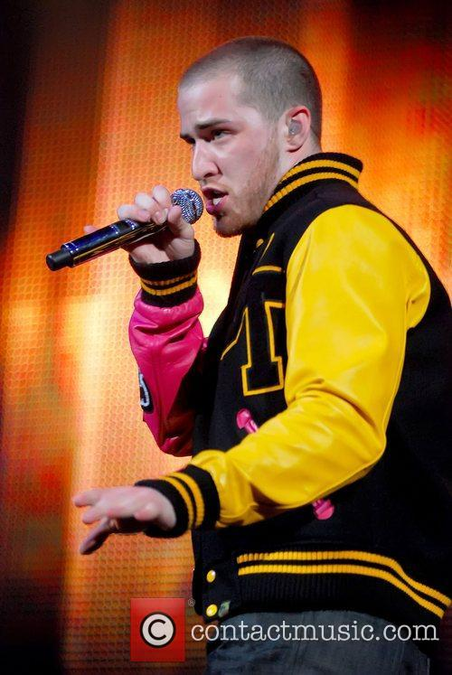 Mike Posner 9