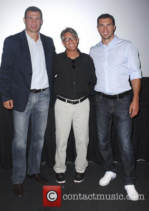 Vitali Klitschko, Eric Roberts and Wladimir Klitschko 8