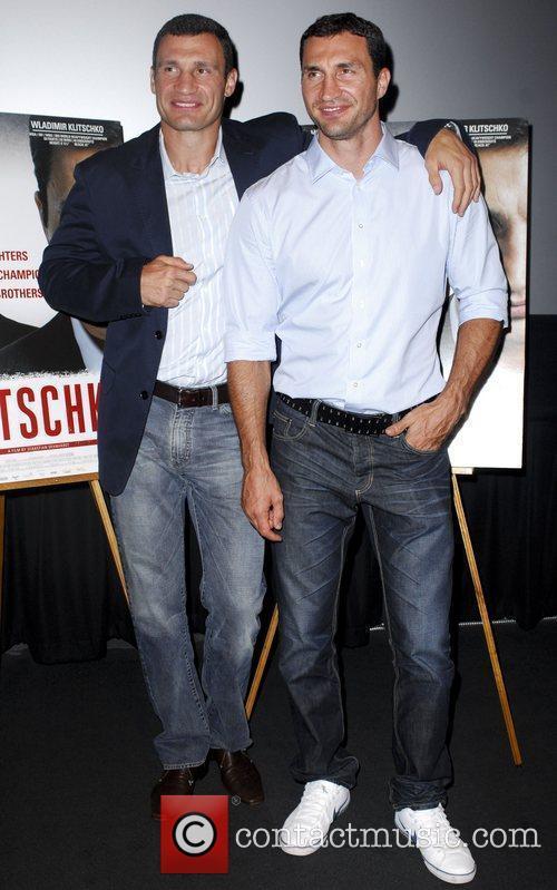 Vitali Klitschko and Wladimir Klitschko 9