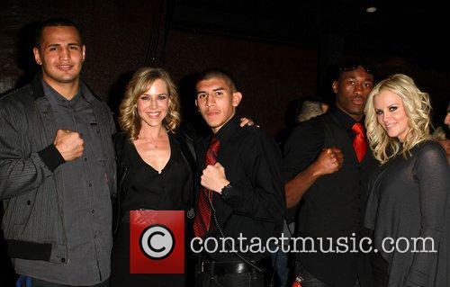 Julie Benz, Jenny McCarthy, LA Matadors Fighters Knockout...