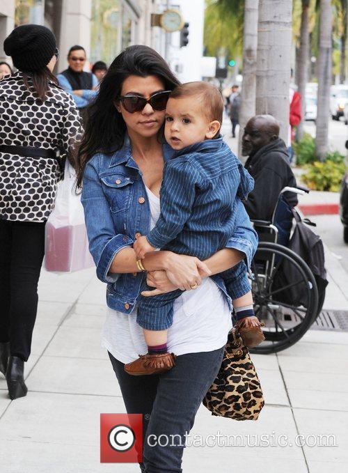 Kourtney Kardashian and her son Mason, running errands...