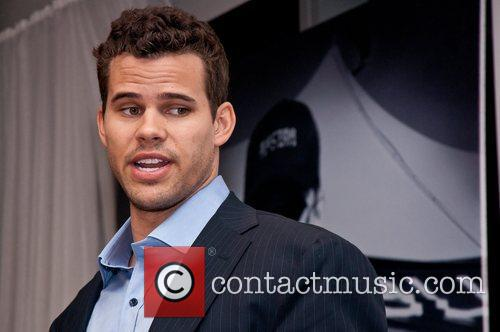 Kris Humphries 8
