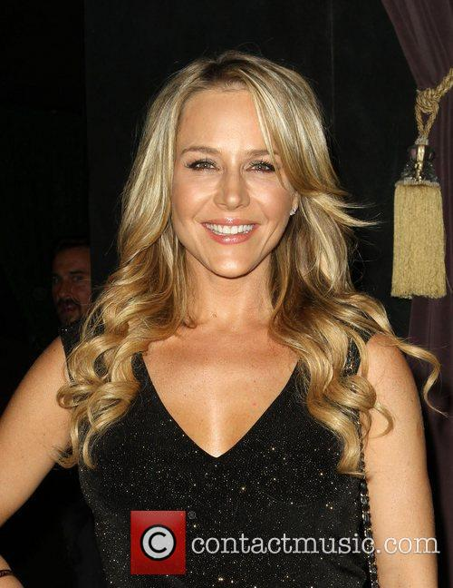 Julie Benz 5