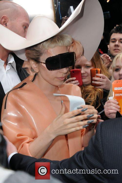 Lady GaGa, Good Morning America, Times Square