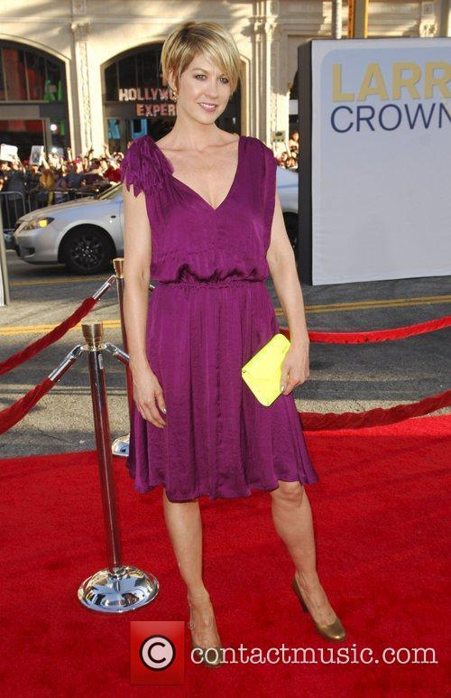 Jenna Elfman 'Larry Crowne' Los Angeles Premiere at...