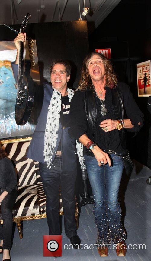 andy hilfiger and steven tyler andrew charles 3559081