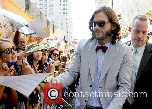 Ashton Kutcher signing autographs 'The Late Show with...