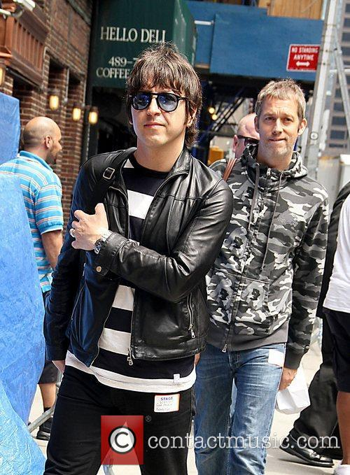 Andy Bell and Beady Eye 2