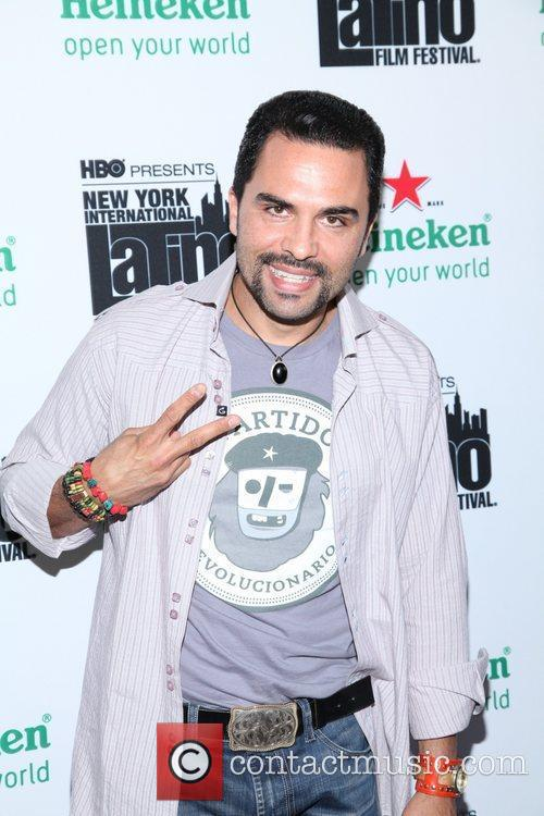 Manny Perez 5