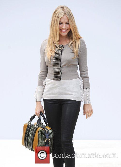 Sienna Miller and London Fashion Week 11