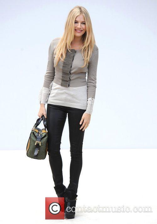 Sienna Miller and London Fashion Week 10