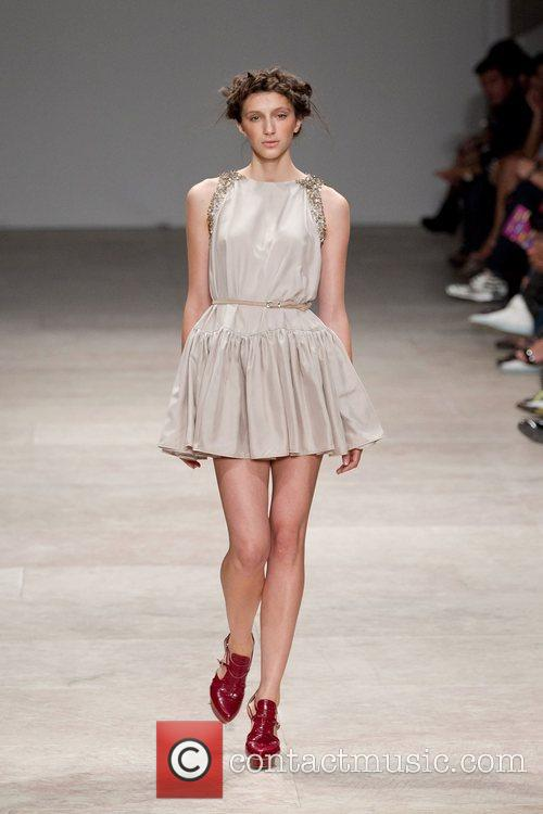 Lisbon Fashion Week Spring/Summer 2012 Ready To Wear...