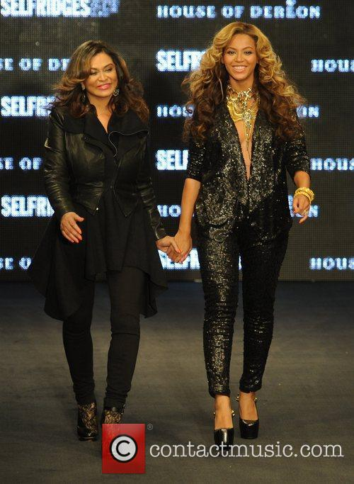 Tina Knowles, Beyonce Knowles and London Fashion Week 2