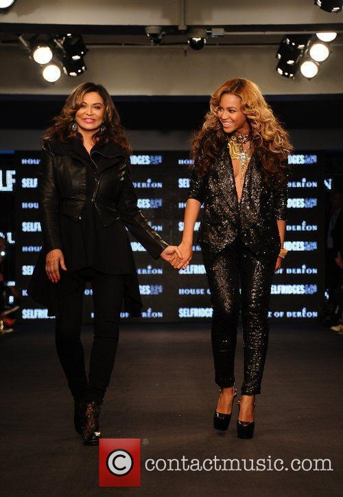 Tina Knowles, Beyonce Knowles and London Fashion Week 1