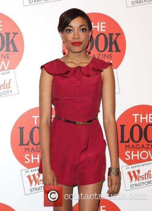Dionne Bromfield and London Fashion Week 4