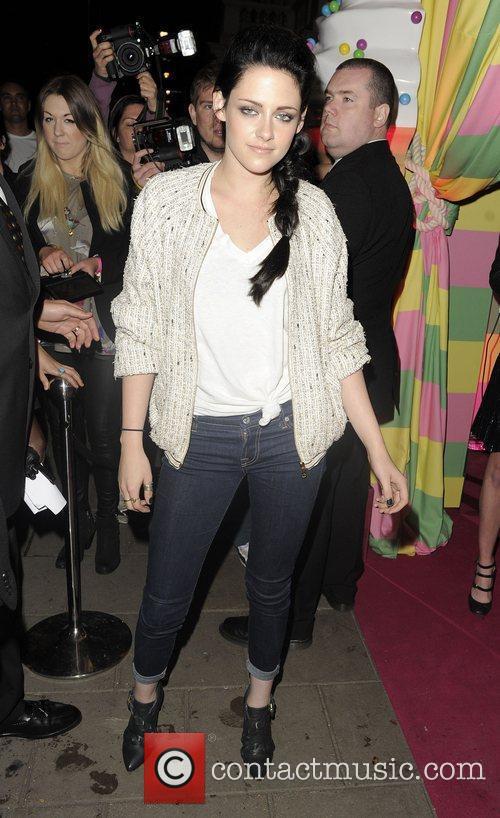 Kristen Stewart and London Fashion Week 1