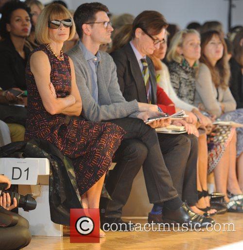 Anna Wintour London Fashion Week Spring/Summer 2012 -...