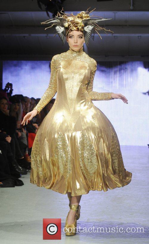 Daisy Lowe   London Fashion Week A/W...