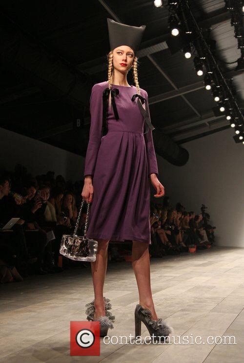 Model London Fashion Week A/W 2011 - PPQ...