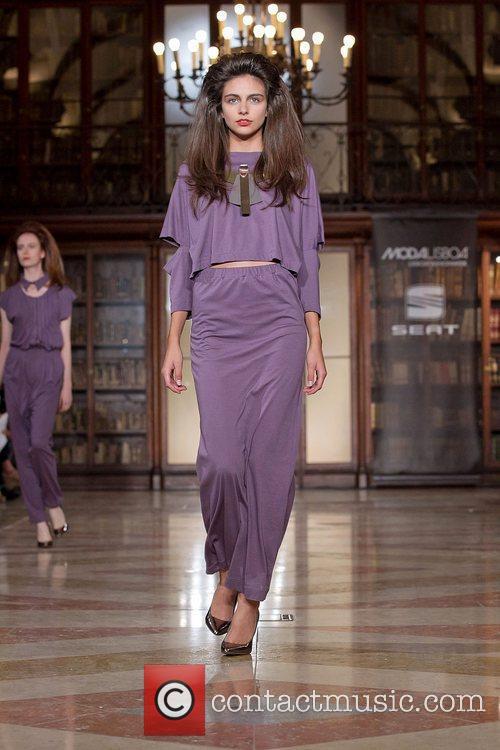 Model  Lisbon Fashion Week Spring/Summer 2012 Ready...