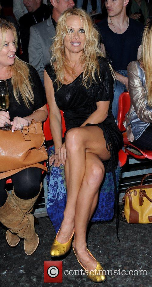 Pamela Anderson and London Fashion Week 1