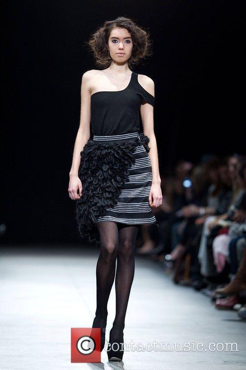 LG Fashion Week Fall/Winter 2011 - Angela Chen...