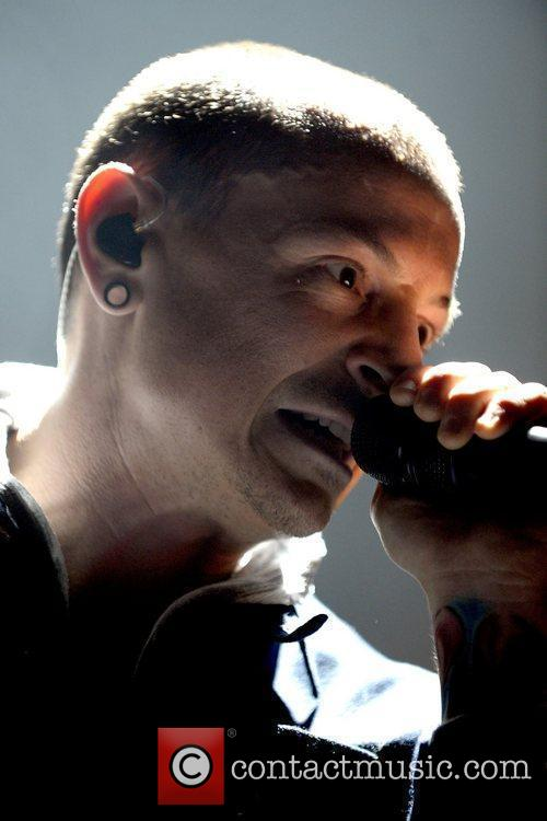 Chester Bennington and Linkin Park 1