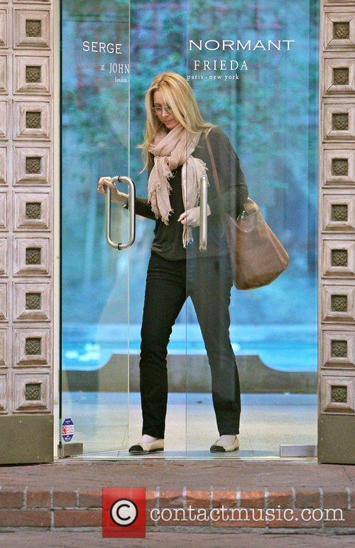 Lisa Kudrow is seen leaving Serge Normant at...