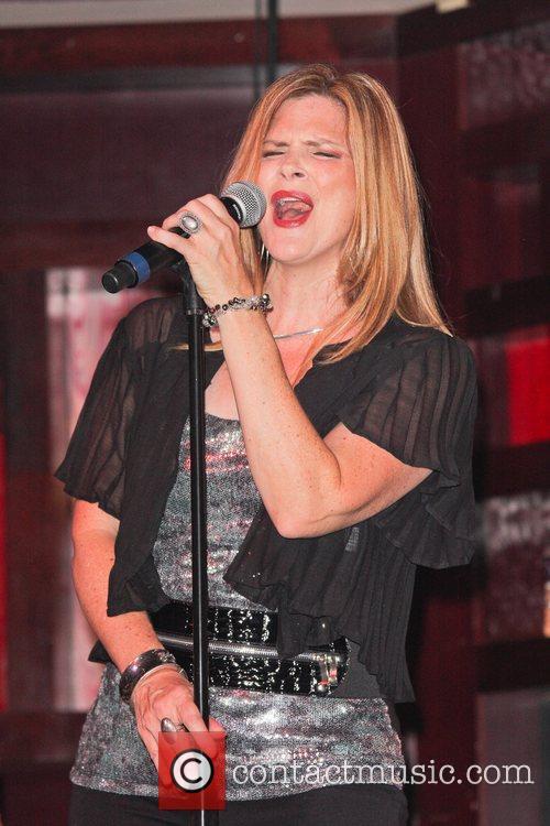 Ann Curless 4
