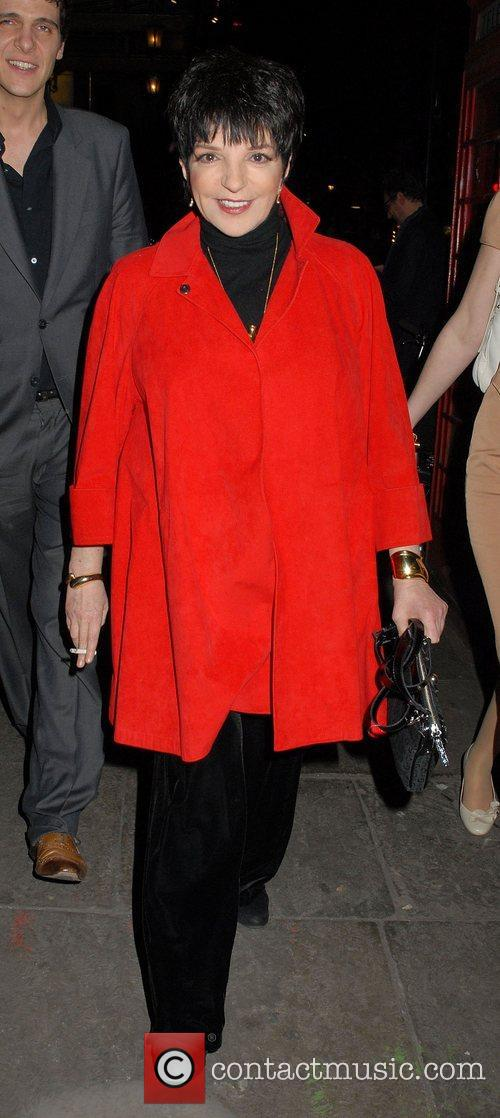 Liza Minnelli leaving 'The Umbrellas of Cherbourg' Theatre...