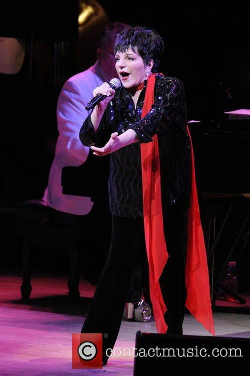 liza minnelli performs live at the roy 5746601