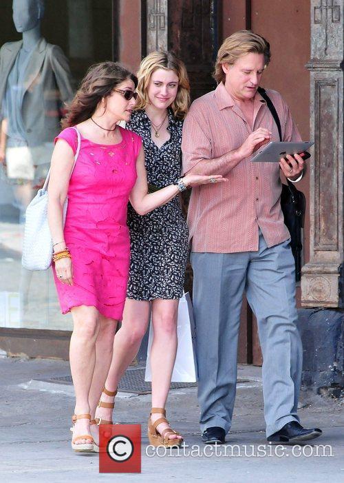 Debra Winger, Bill Pullman and Greta Gerwig 3