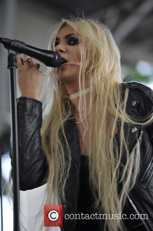 The Pretty Reckless 8