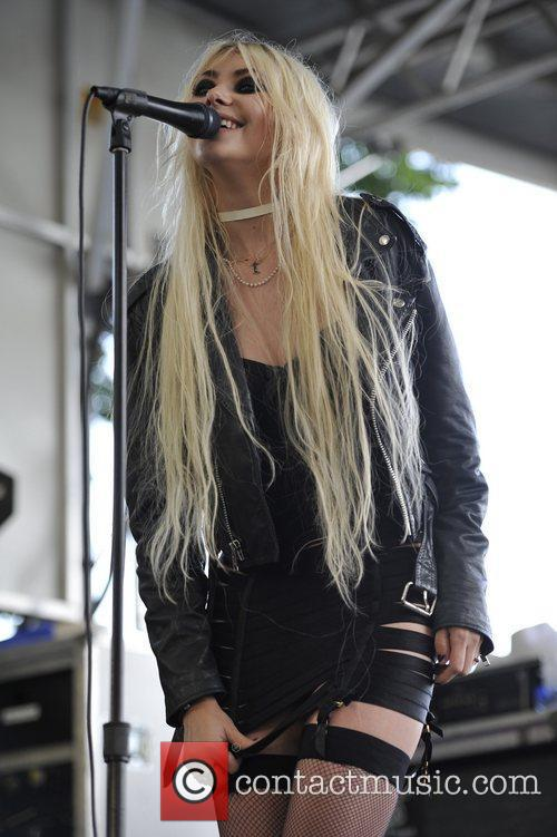 The Pretty Reckless 11